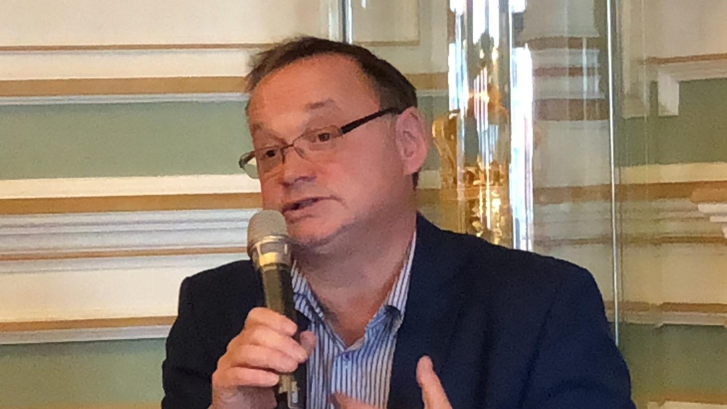 dr n. med. Jacek Juściński